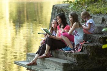 Proč číst dětem?